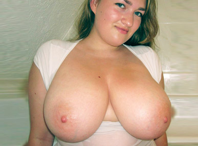 tits Amateur showing big